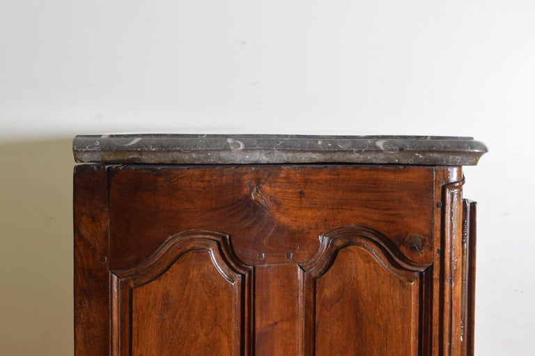 Rare Louis XIV/XV Period Carved Walnut Buffet, Marrone Fossilized Marble Top For Sale 4