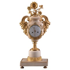 "Rare Louis XVI Mantel Clock ""with satyr heads"", Marmer Carrara"