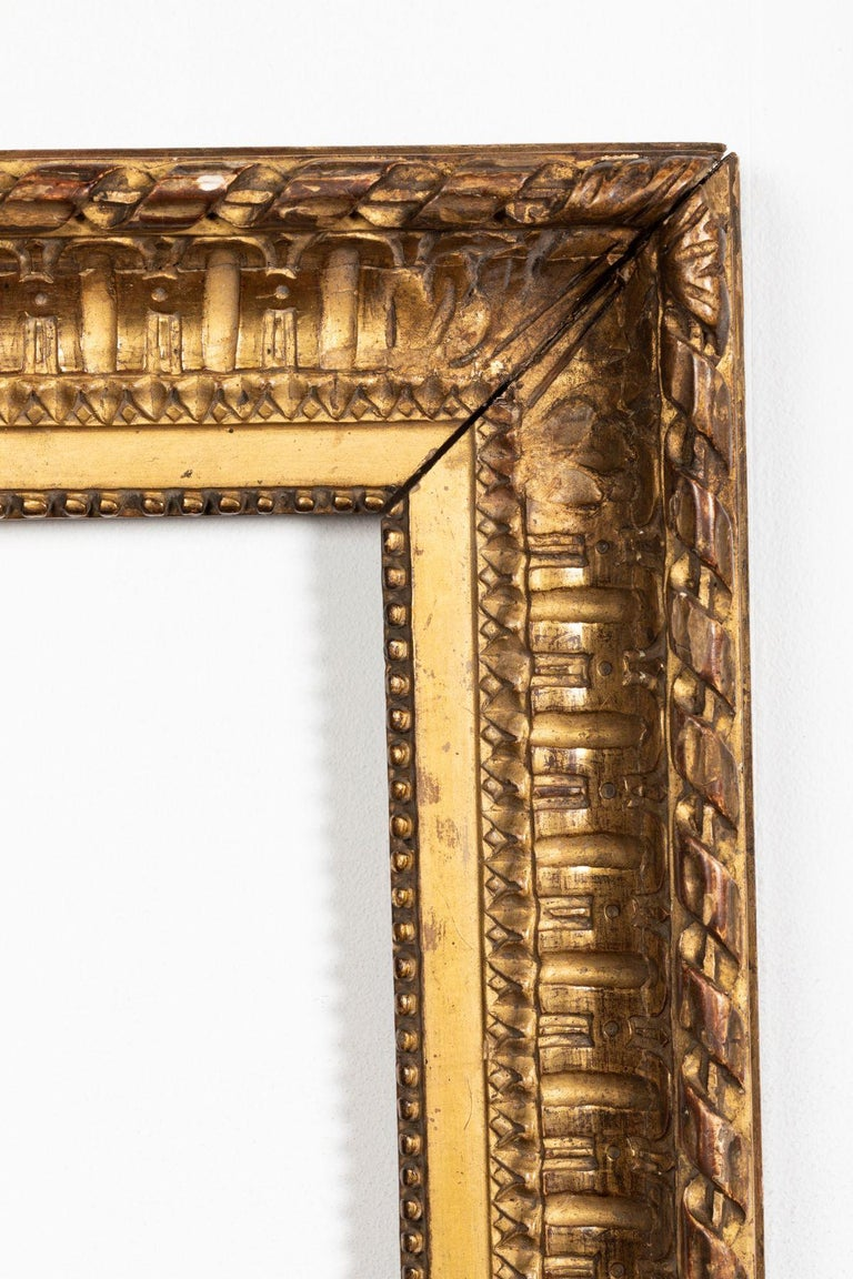 Rare Louis XVI Period Carved Giltwood Frame, Mirror, France, Late 18th Century In Good Condition For Sale In Saint-Ouen, FR