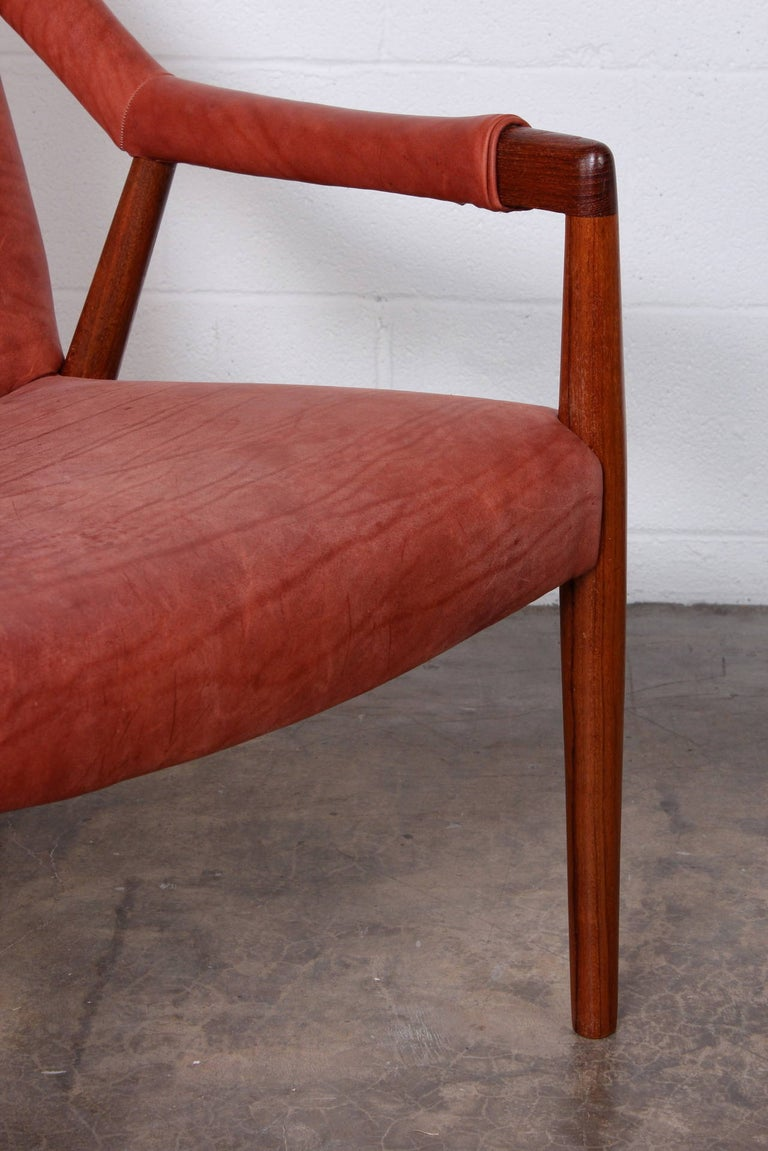Rare Lounge Chair by Ib Kofod-Larsen For Sale 5