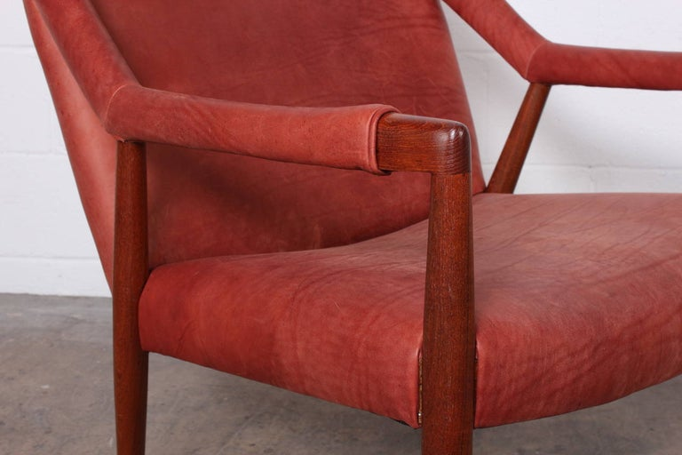 Rare Lounge Chair by Ib Kofod-Larsen For Sale 4