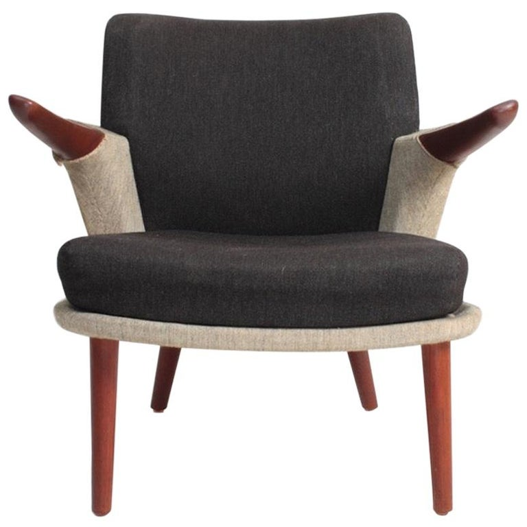 Rare Lounge Chair in Original Fabric and Teak by Ib Kofod Larsen, 1950s For Sale