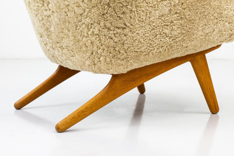 Mid-20th Century Rare Lounge Chair with Ottoman in Sheepskin by Illum Wikkelsø