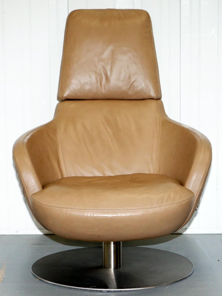 Sensational Rare Made In Italy Natuzzi Brend Swivel Armchair Aged Brown Leather Squirreltailoven Fun Painted Chair Ideas Images Squirreltailovenorg