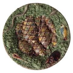Rare Mafra Palissy Majolica Fishes in Net Plate