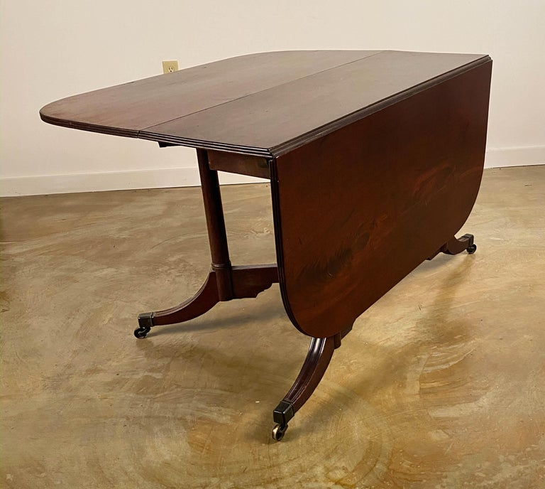 Rare Mahogany Cumberland Action Dining Table Possibly Duncan Phyfe Workshop For Sale 3