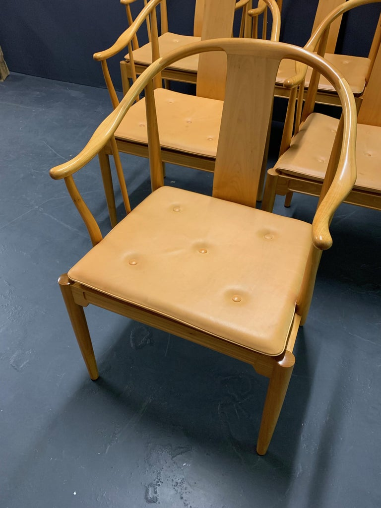 Scandinavian Modern Rare Matching Set of 6 Chinese Dining Chairs by Hans Wegner For Sale