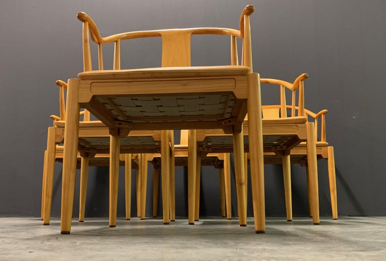 Rare Matching Set of 6 Chinese Dining Chairs by Hans Wegner In Excellent Condition For Sale In Munich, DE