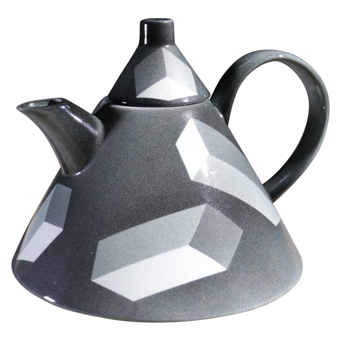 Rare Memphis Porcelain Rolf Sinnemark Rörstrand 'Atlantis' series Teapot 1984