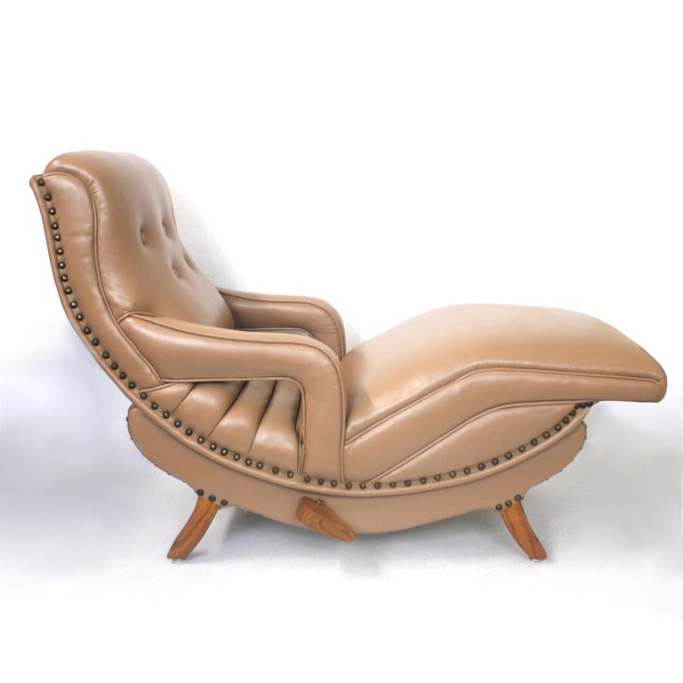 Rare Mid-Century Modern Child Size Miniature 3/4 Scale Contour Lounge Chair In Good Condition For Sale In Lafayette, IN