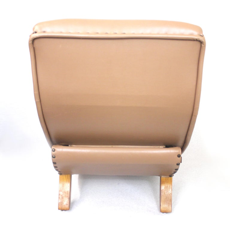 Rare Mid-Century Modern Child Size Miniature 3/4 Scale Contour Lounge Chair For Sale 2