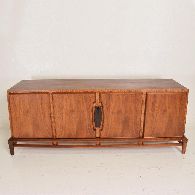 Rare Mid-Century Modern Dresser by Helen Hobey for Baker Walnut, Burl & Rosewood For Sale 3