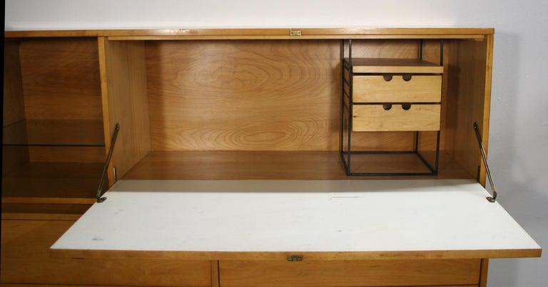 Rare Midcentury Paul McCobb #1562 Drop Lid Desk W/Organizer Maple T Pulls For Sale 1