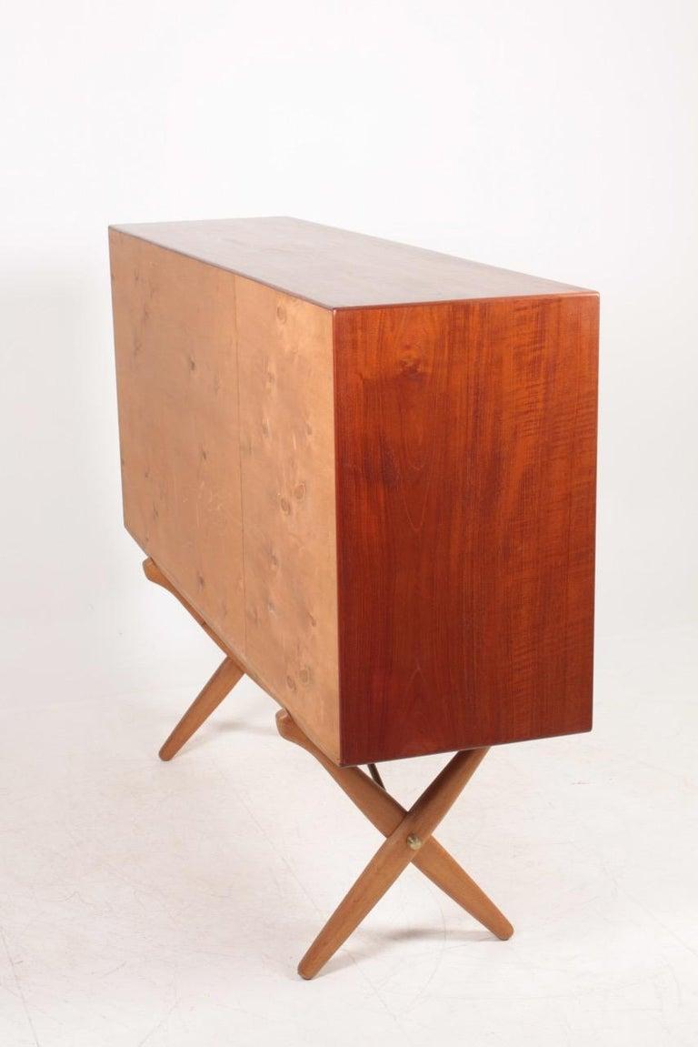 Rare Midcentury Sideboard in Teak Model CH-304 by Hans Wegner, 1950s For Sale 5