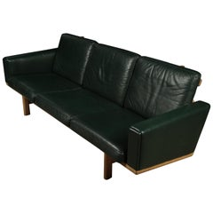 Rare Midcentury Sofa Designed by Hans Wegner Sofa, Model GE 236, circa 1960
