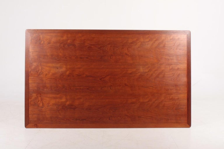 Rare Midcentury Work Table in Teak and Oak by Hans Wegner, 1950s 4