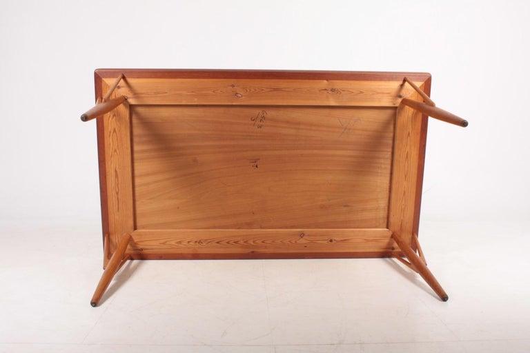 Rare Midcentury Work Table in Teak and Oak by Hans Wegner, 1950s 6