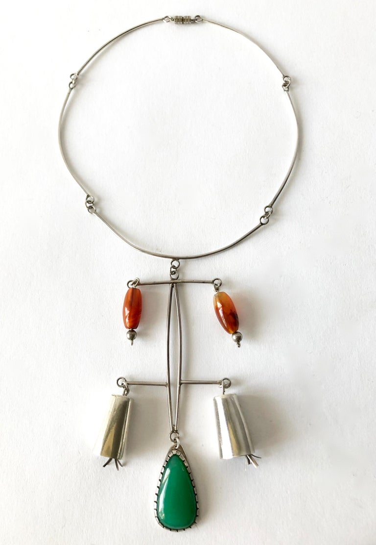 Rare Mildred Ball Sterling Chalcedony Carnelian Mobile Kinetic Bells Necklace In Good Condition For Sale In Los Angeles, CA