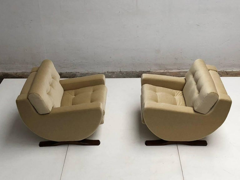 Mid-Century Modern Rare Mohair Lounge Chairs by Italian Sculptor Franz T Sartori, Flexform, 1965 For Sale