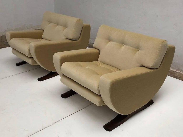 Stained Rare Mohair Lounge Chairs by Italian Sculptor Franz T Sartori, Flexform, 1965 For Sale