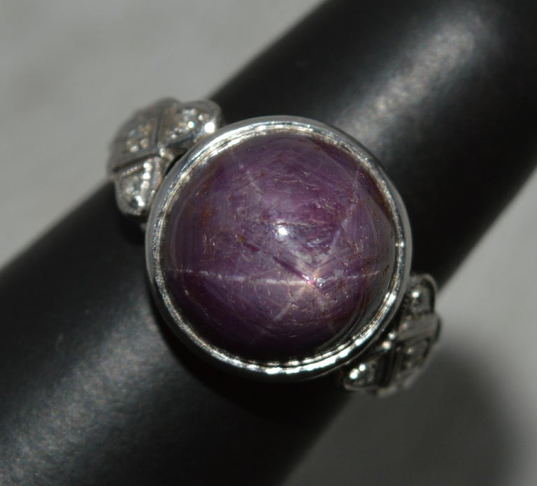 Rare Natural Star Ruby and Diamond 18 Carat Gold Ring, circa 1920 For Sale 7