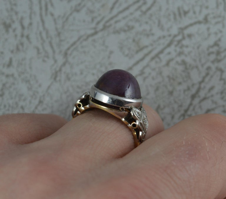 Art Deco Rare Natural Star Ruby and Diamond 18 Carat Gold Ring, circa 1920 For Sale