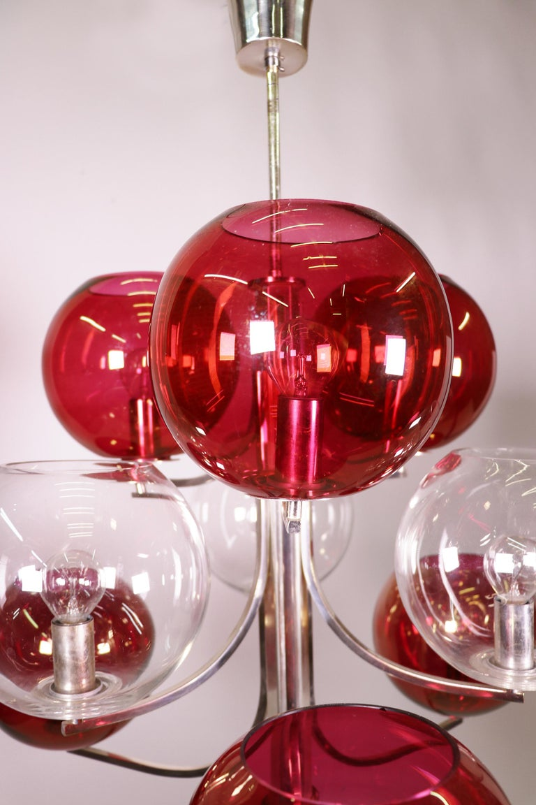 1960 Italy Sputnik Chandelier Cranberry Murano Glass Globes & Silver-Plated For Sale 2