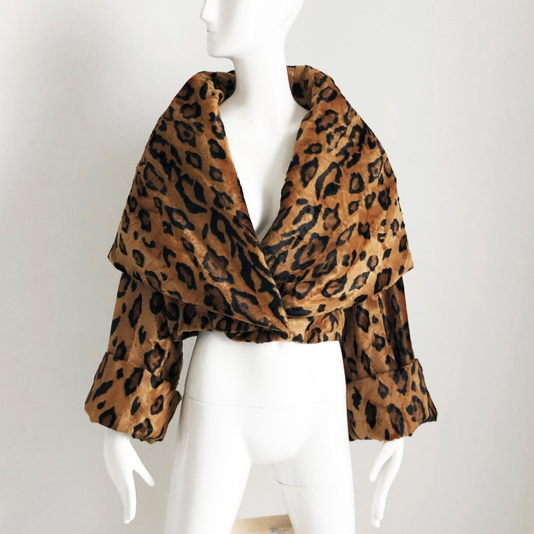 Rare Norma Kamali Cropped Leopard Jacket with Shawl Collar M Vintage  For Sale 5
