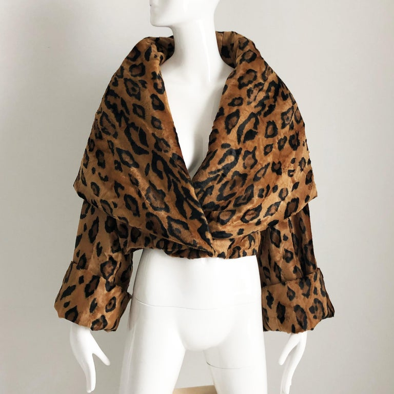 Rare Norma Kamali Cropped Leopard Jacket with Shawl Collar M Vintage  For Sale 6