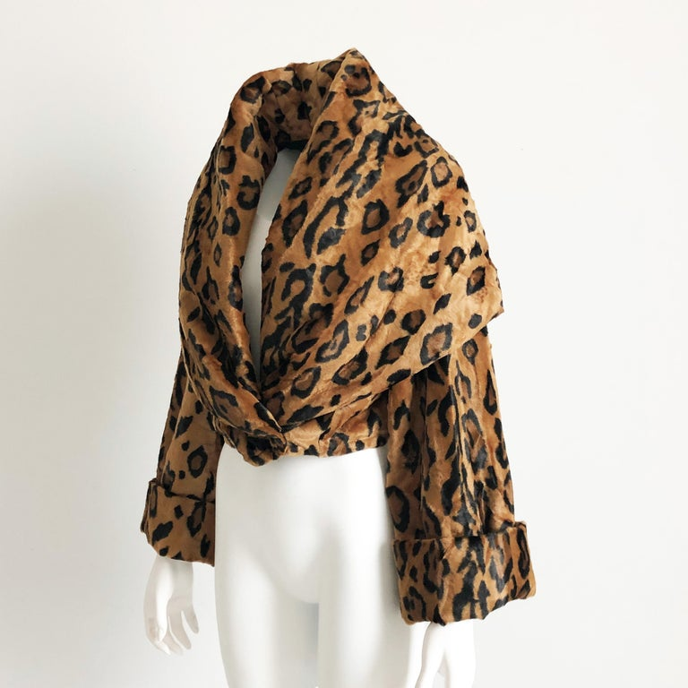Rare Norma Kamali Cropped Leopard Jacket with Shawl Collar M Vintage  In Good Condition For Sale In Port Saint Lucie, FL