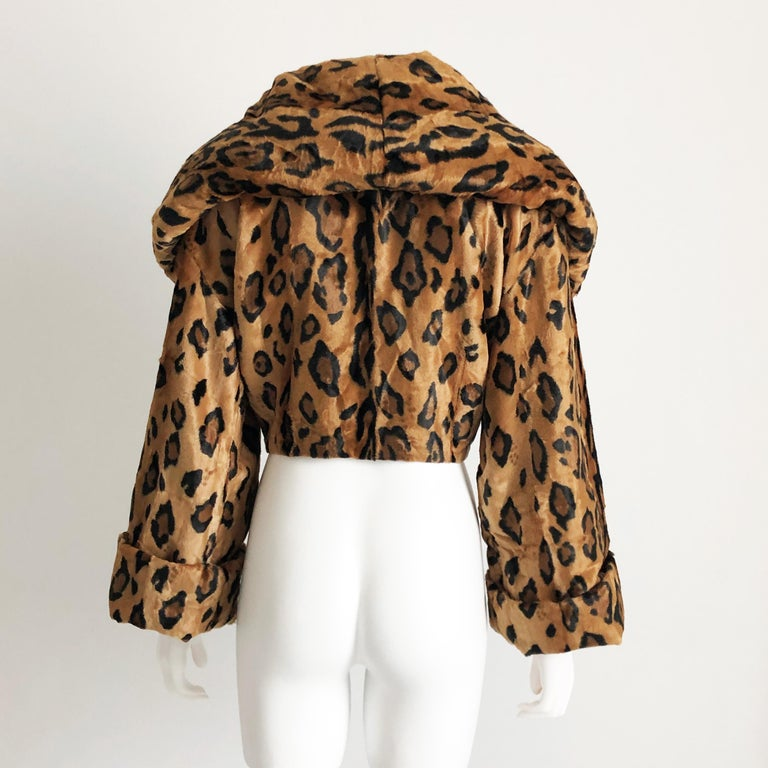 Rare Norma Kamali Cropped Leopard Jacket with Shawl Collar M Vintage  For Sale 1