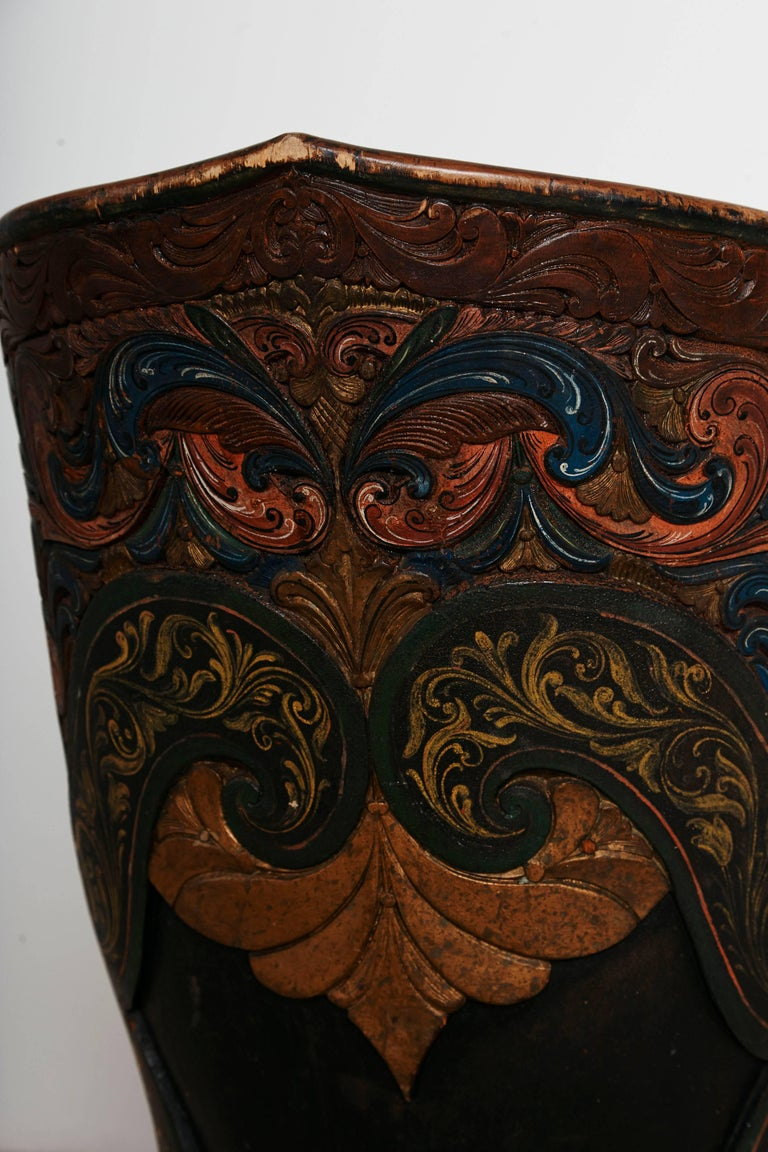 Hand-Carved Rare Norwegian Kubbestol, circa 1850, Origin Telemark, Norway For Sale