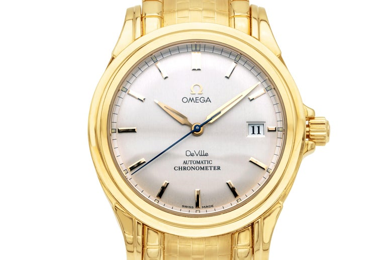 Rare Omega De Ville Yellow 18k Gold Co-Axial Chronometer Wristwatch In Excellent Condition For Sale In New York, NY