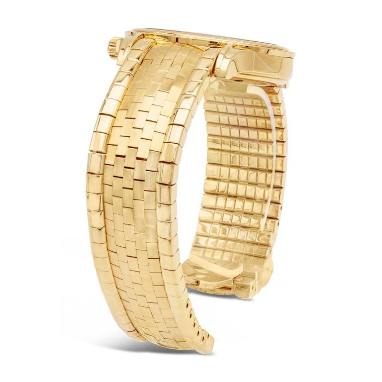 Rare Omega De Ville Yellow 18k Gold Co-Axial Chronometer Wristwatch For Sale 1