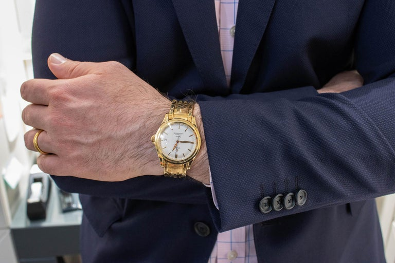 Rare Omega De Ville Yellow 18k Gold Co-Axial Chronometer Wristwatch For Sale 4