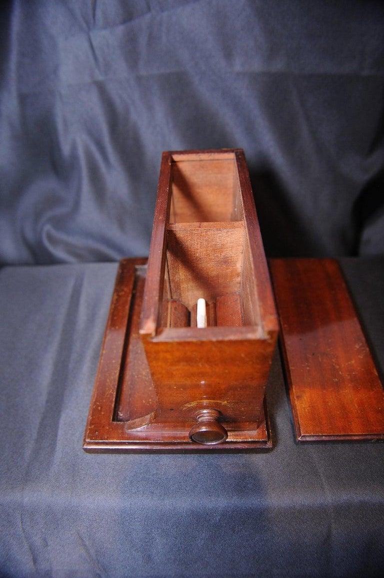 Rare Original Alfred Dunhill Inlaid Art Deco Cigarette Dispenser from 1920s For Sale 2