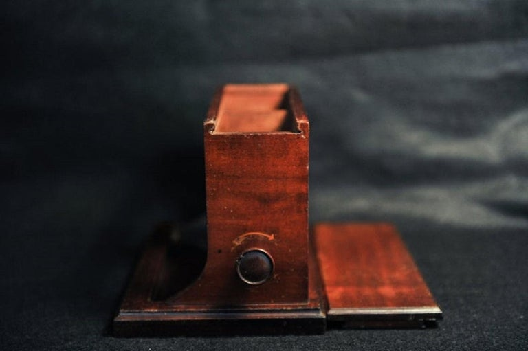 Rare Original Alfred Dunhill Inlaid Art Deco Cigarette Dispenser from 1920s For Sale 3