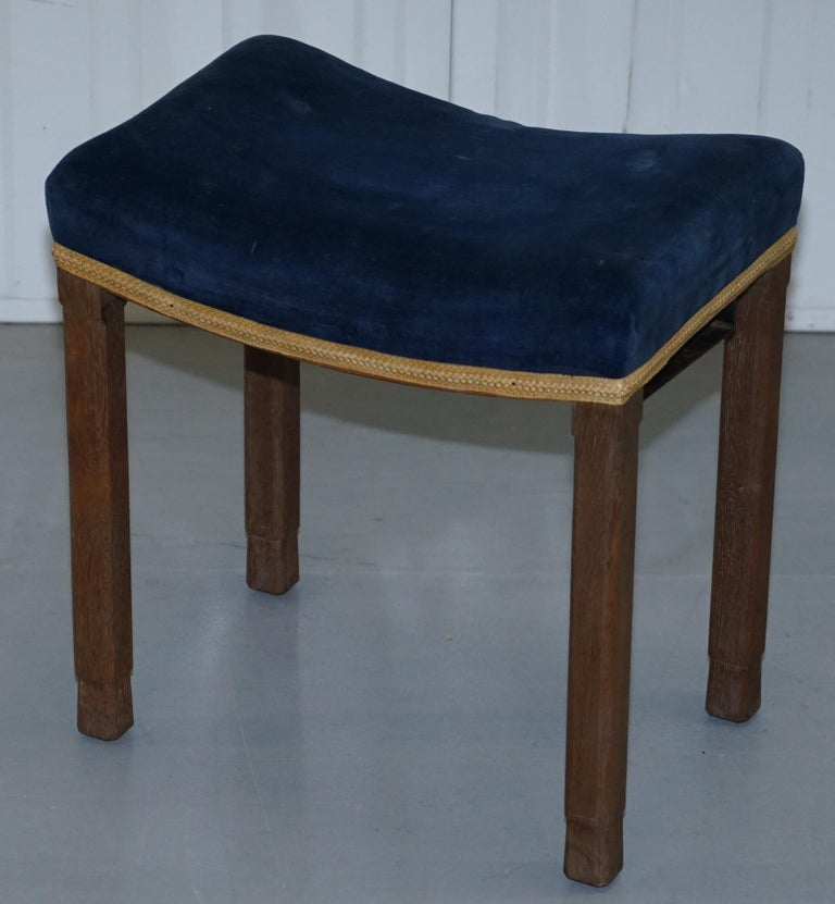 Rare Original King George vi Coronation Stool 1937 Limed Oak by Waring & Gillow In Good Condition For Sale In London, GB