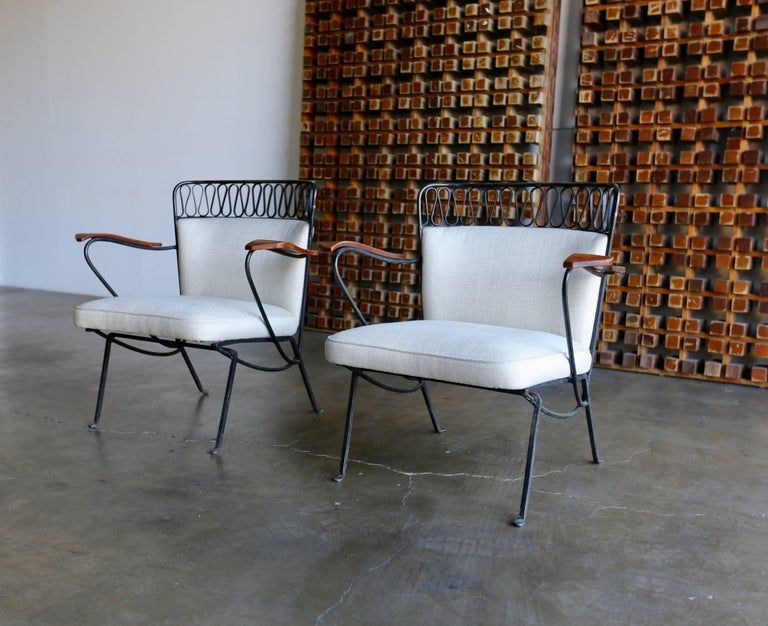 """Mid-Century Modern Rare Pair of """"Ribbon"""" Lounge Chairs Maurizio Tempestini for Salterini For Sale"""