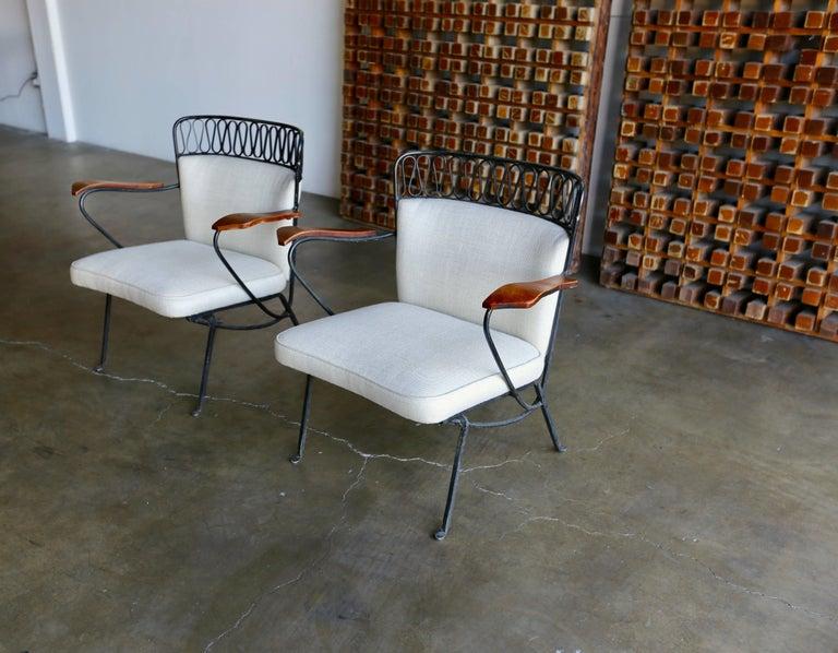 "Rare Pair of ""Ribbon"" Lounge Chairs Maurizio Tempestini for Salterini In Good Condition For Sale In Costa Mesa, CA"