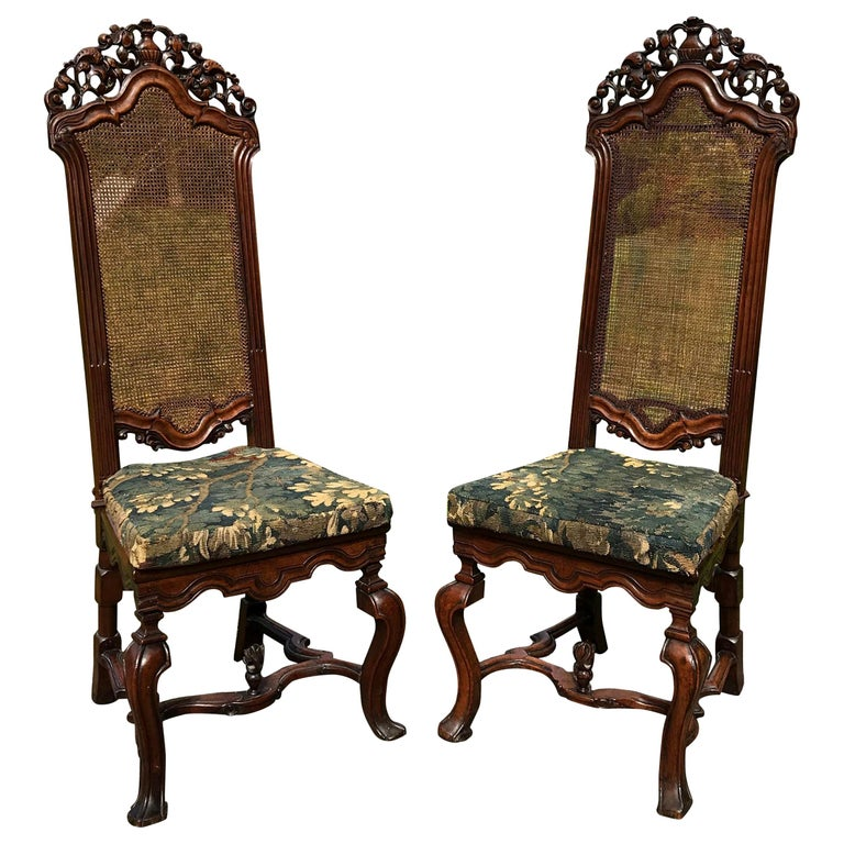 Rare Pair of 17th Century English Walnut Chairs For Sale