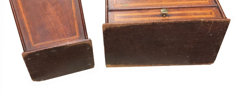 Rare Pair of 18th Century Georgian Mahogany Wall Hanging Boxes For Sale 3