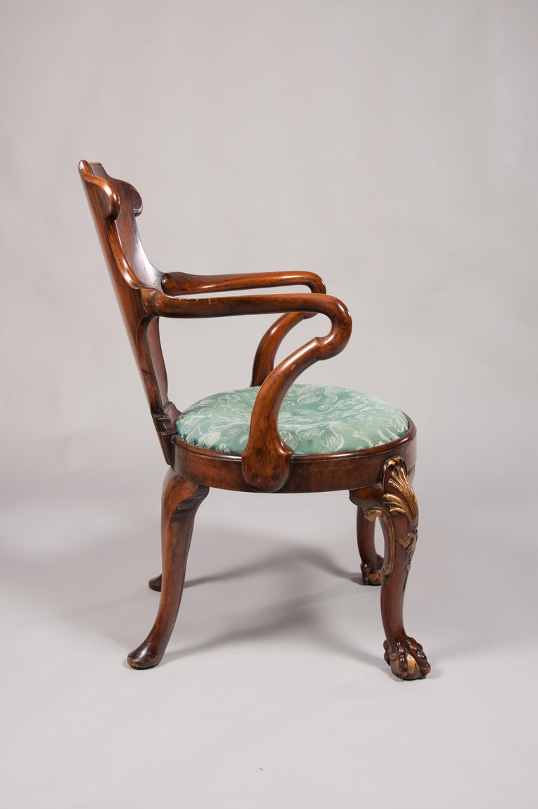 Rare Pair of 19th Century Gillows Walnut and Burr Elm Shepherds Crook Armchairs For Sale 5