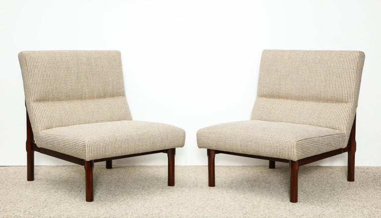 Mid-Century Modern Rare Pair of 869 Lounge Chairs by Ico & Luisa Parisi For Sale