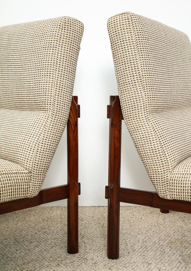 Italian Rare Pair of 869 Lounge Chairs by Ico & Luisa Parisi For Sale