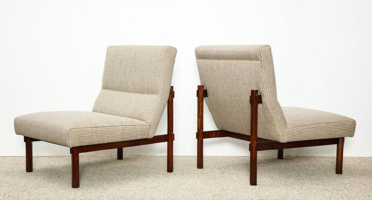 Rare Pair of 869 Lounge Chairs by Ico & Luisa Parisi In Excellent Condition For Sale In New York, NY