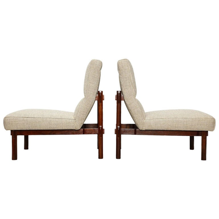 Rare Pair of 869 Lounge Chairs by Ico & Luisa Parisi For Sale