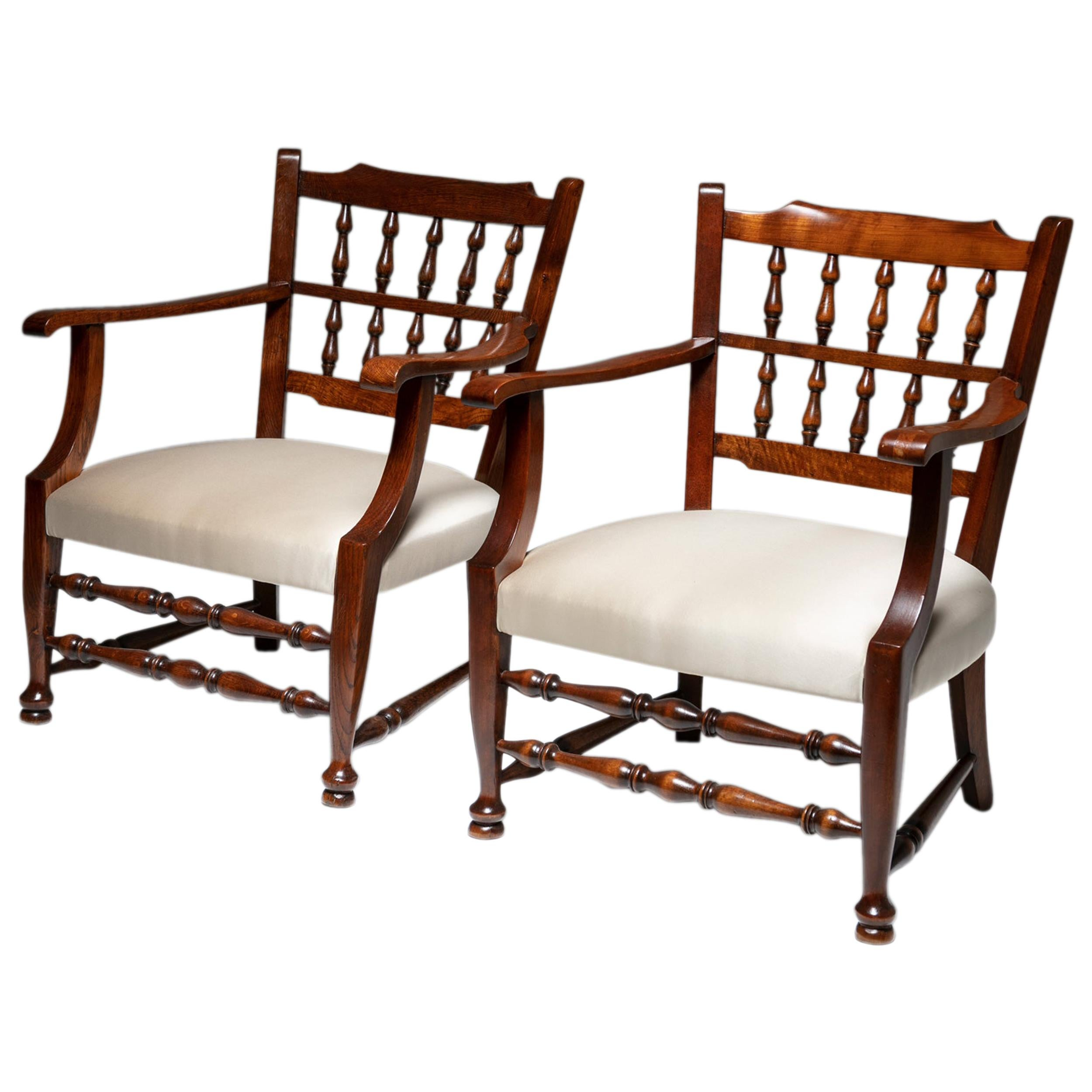 Rare Pair of Armchairs by Tomaso Buzzi