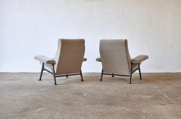 Velvet Rare Pair of Authentic 1950s Roberto Menghi Hall Chairs, Arflex, Italy