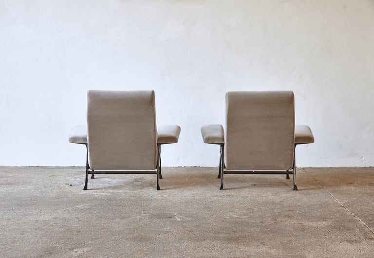 Rare Pair of Authentic 1950s Roberto Menghi Hall Chairs, Arflex, Italy 1